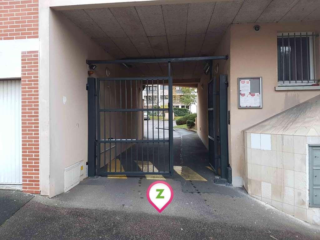 Rouen - Pasteur - Madeleine - Parking réservable en ligne - Rouen
