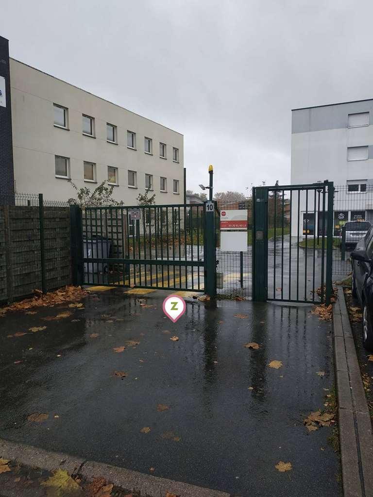 Villeneuve d'Ascq - Triolo - Studéa - Parking réservable en ligne - Villeneuve-d'Ascq