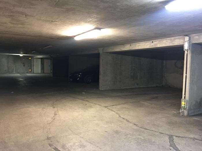 Bobigny - Mairie de Bobigny - MC93 - Parking réservable en ligne - Bobigny