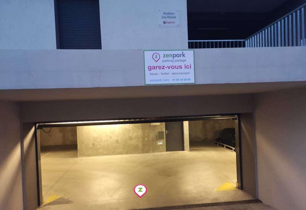 Clermont-Ferrand - CHU Gabriel Montpied - Jean Domat - Parking réservable en ligne - Clermont-Ferrand