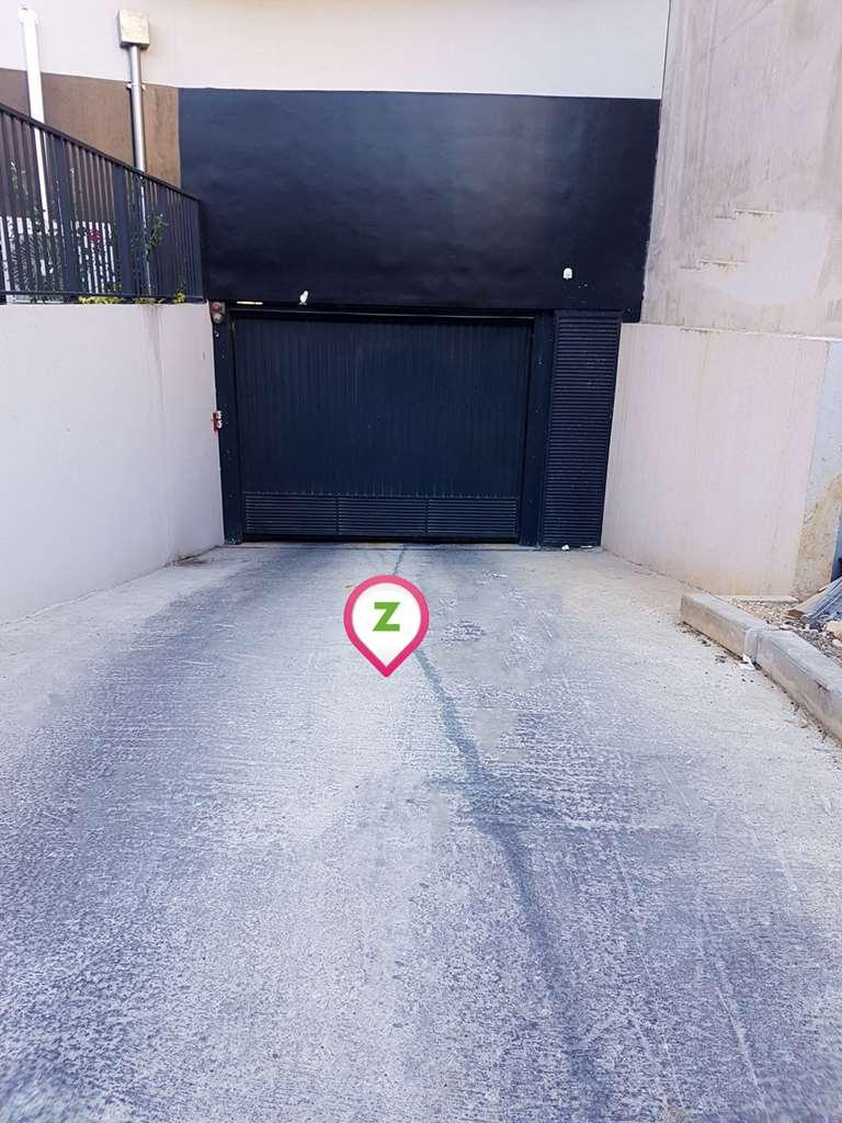 Marseille - Gare de la Blancarde - Odalys - Parking réservable en ligne - Marseille