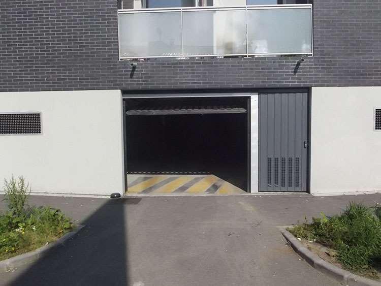 Lille - CHR Calmette - Université - Parking réservable en ligne - Lille