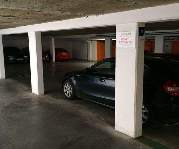 Lille - Gare de Lille-Europe - Prague - Parking réservable en ligne - Lille