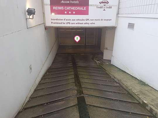 Reims - Cathédrale Reims - Mercure - Parking réservable en ligne - Reims