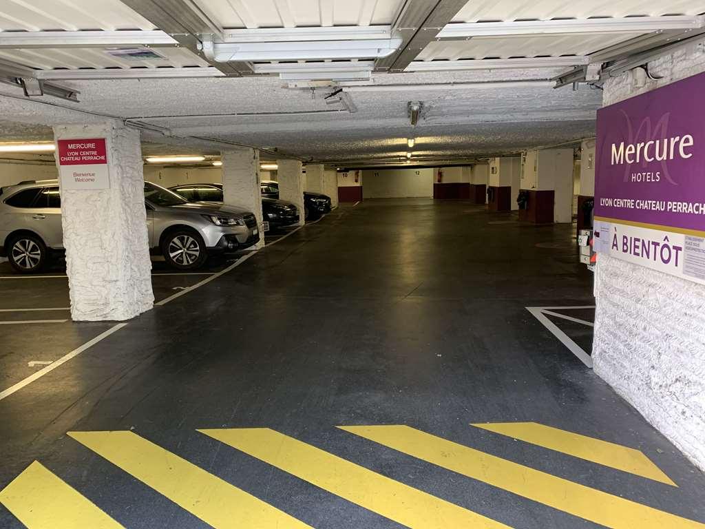 Lyon - Gare de Lyon Perrache - Mercure - Parking réservable en ligne - Lyon