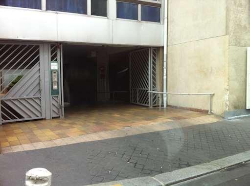 Paris - Hôpital Necker - Pasteur - Parking réservable en ligne - Paris